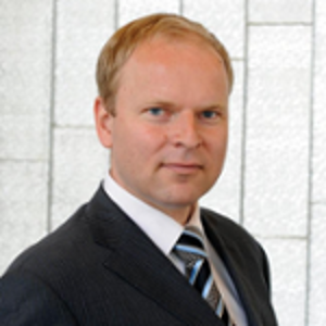 Dr. Falk Lichtenstein (Partner & Lawyer at CMS Beijing)
