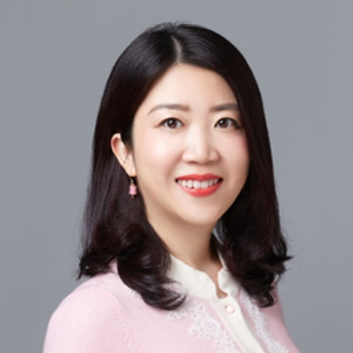 Helen Ye (Vice Chair of AmCham China, Vice President Global China Practice at Ogilvy)