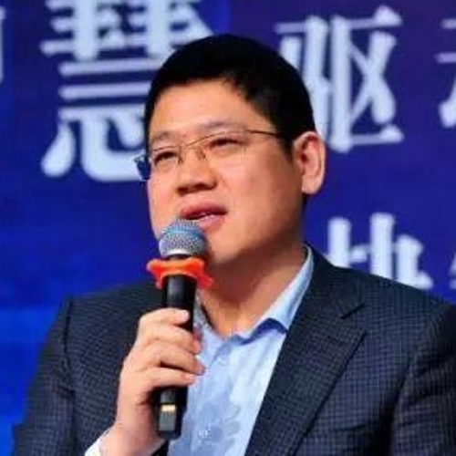Wei Zhao (Secretary General at The Alumni Entrepreneurial Association of School of Economics and Management, Tsinghua University)